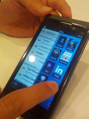 iOS and Android get New Competitors: BlackBerry 10, Tizen OS